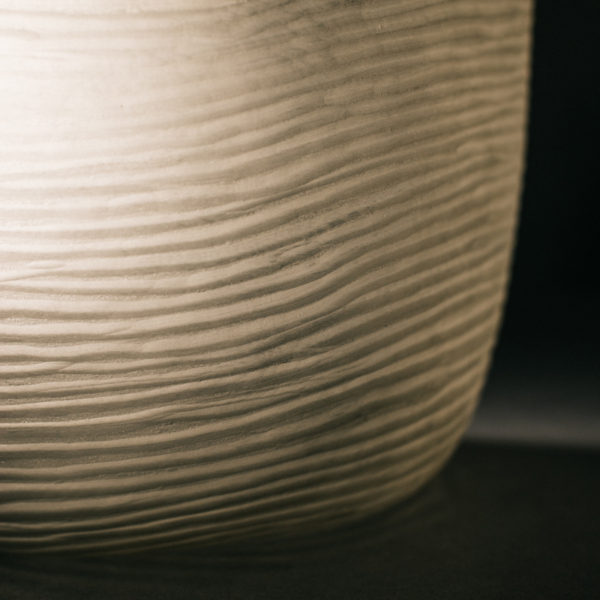 Lámpara sobremesa cristal traslúcido color crudo